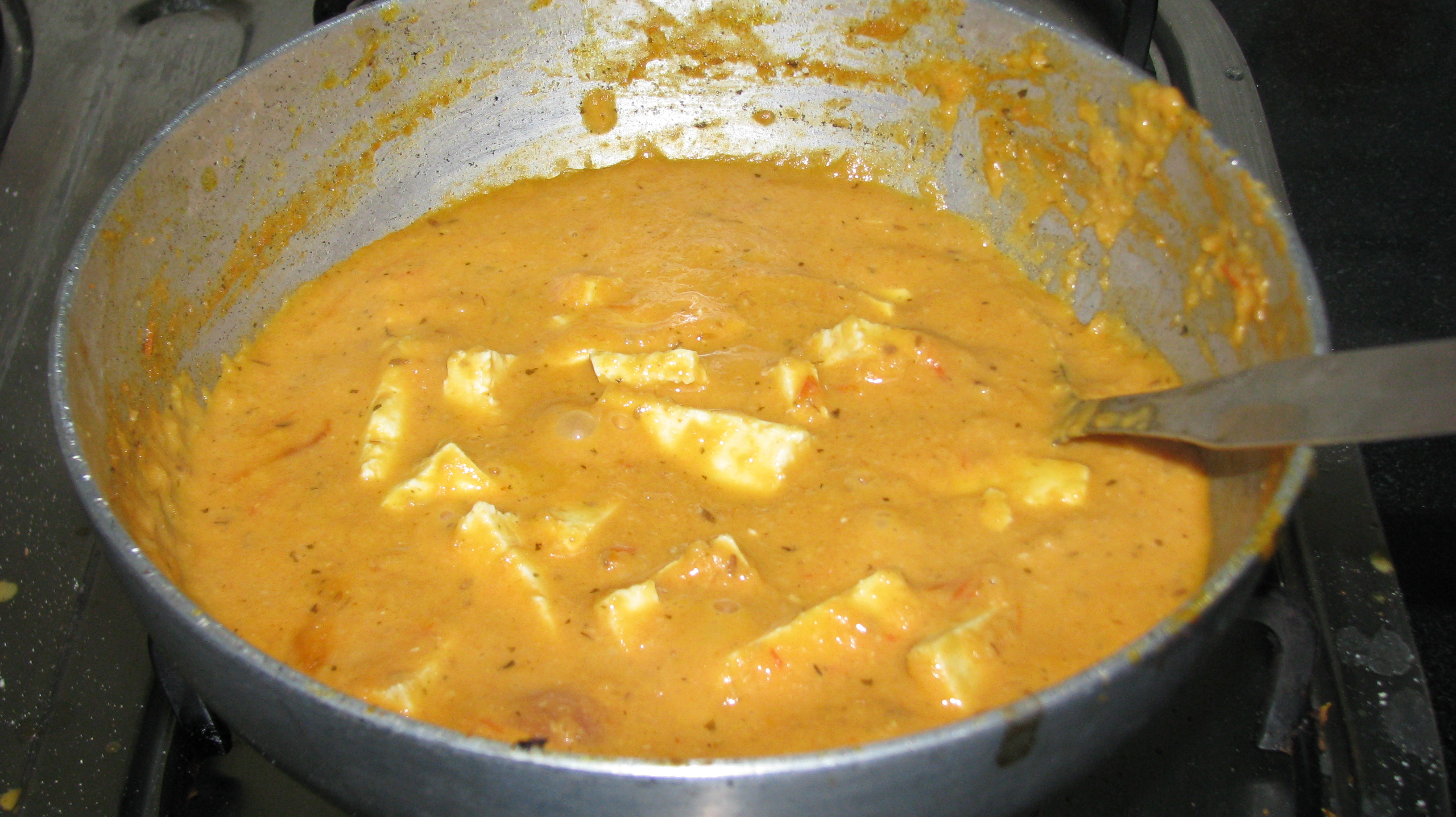 Paste with paneer pieces