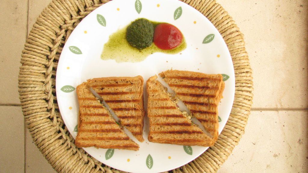 Paneer sandwich ready to serve